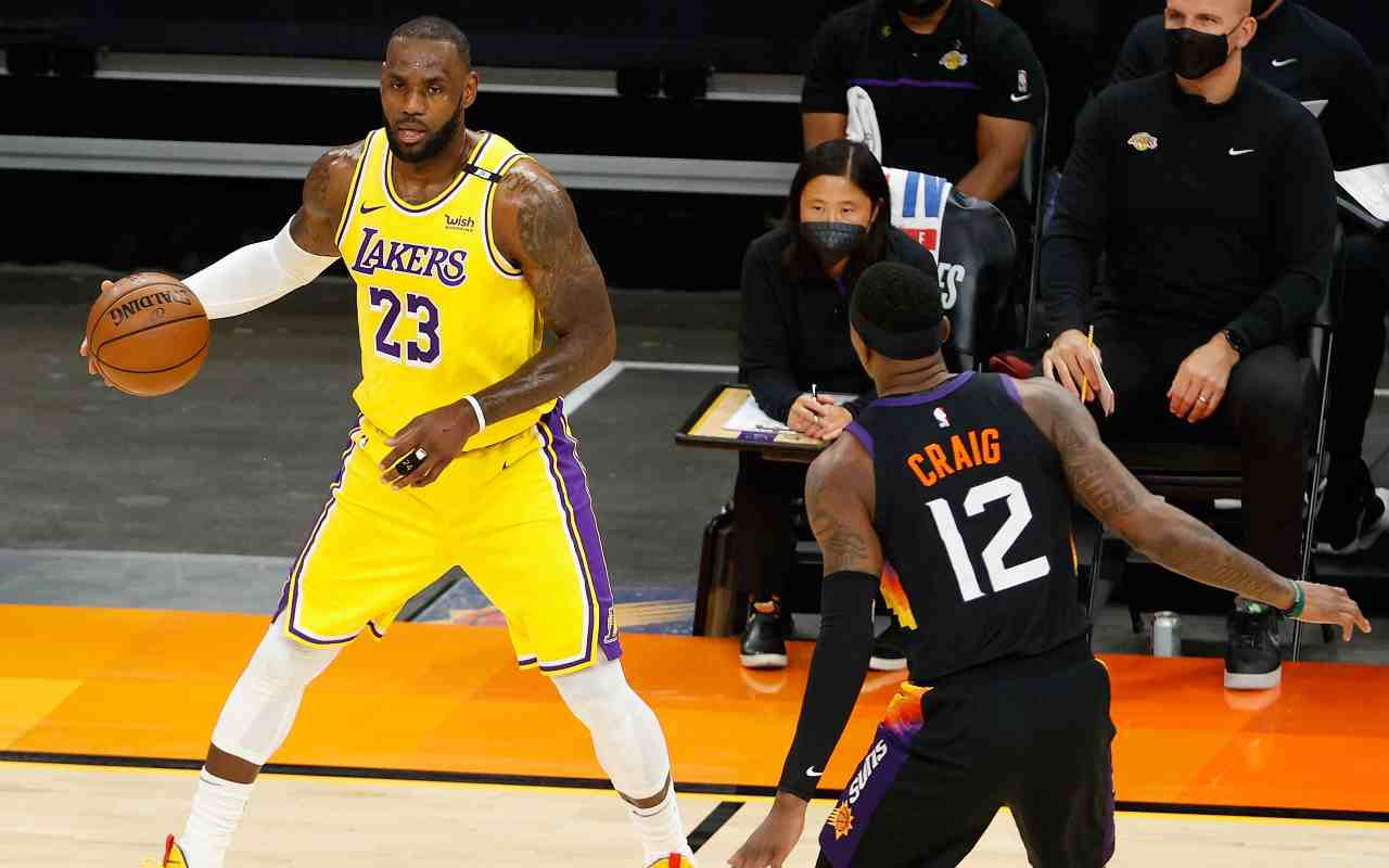 Lakers-Suns